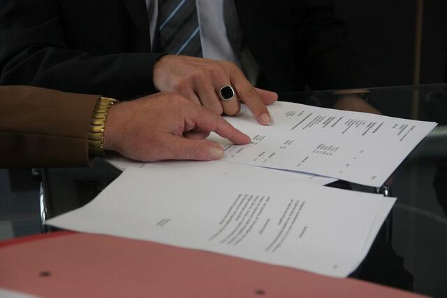 החתמה על חוזה שכירות דירה
